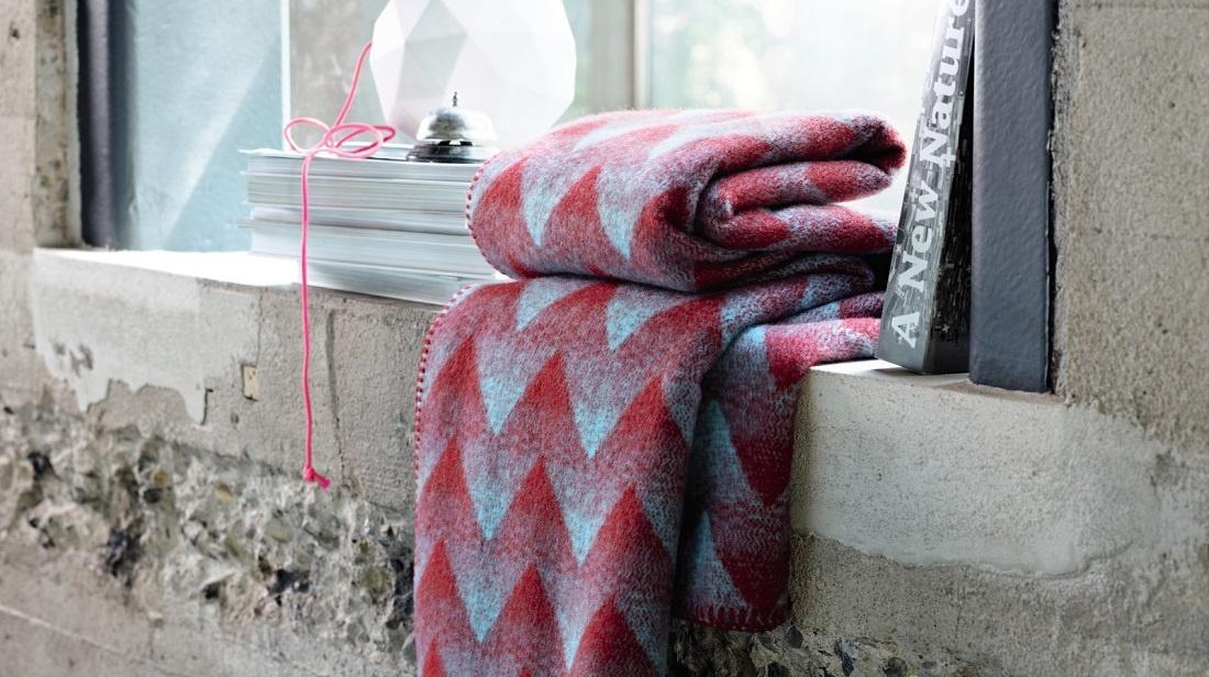 roros-tweed-norwegian-blankets-3